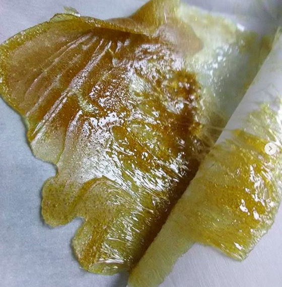 SOLVENTLESS CANNABIS OIL ROSIN