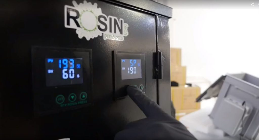 Setting temprature on rosin press